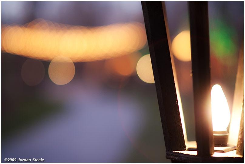 IMAGE: http://www.jordansteele.com/forumlinks/lamp_lights.jpg